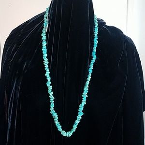 Turquoise chip beaded necklace made in Honk Kong